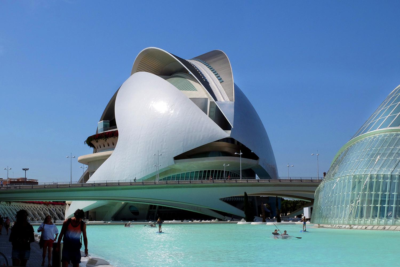 Valencia opernhaus von architekt calatrava fotogruppe for Architektur 2017