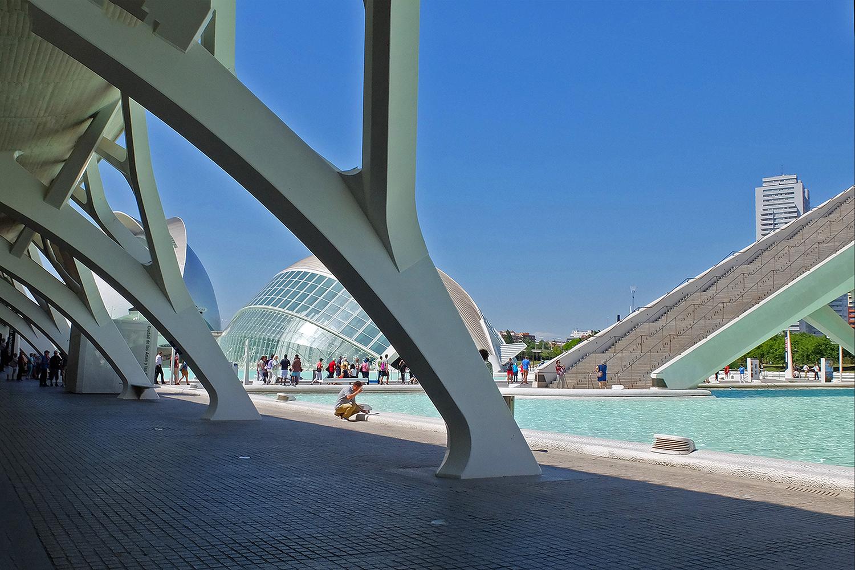 Valencia moderner stadtteil von architekt calatrava for Architektur 2017